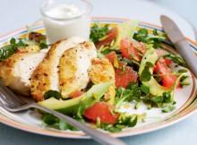 salat-s-greypfrutom-kuritsey-avokado-retsept